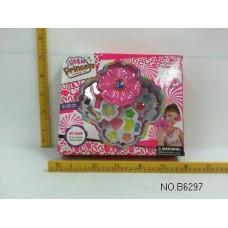 Косметика для кукол Цветок B6297 в коробке