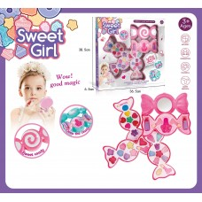Косметика для кукол Конфетка 6003 в коробке 36,5*6,5*38,5 см