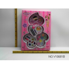 Косметика для кукол  V10681B в коробке